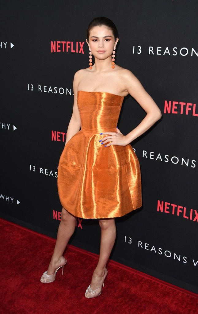 "Selena Gomez Photos Photos - Premiere Of Netflix's ""13 Reasons Why"" - Arrivals - Zimbio"