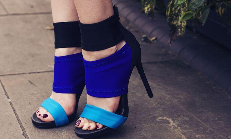 Om du bär högklackade skor kan du åldras snabbare