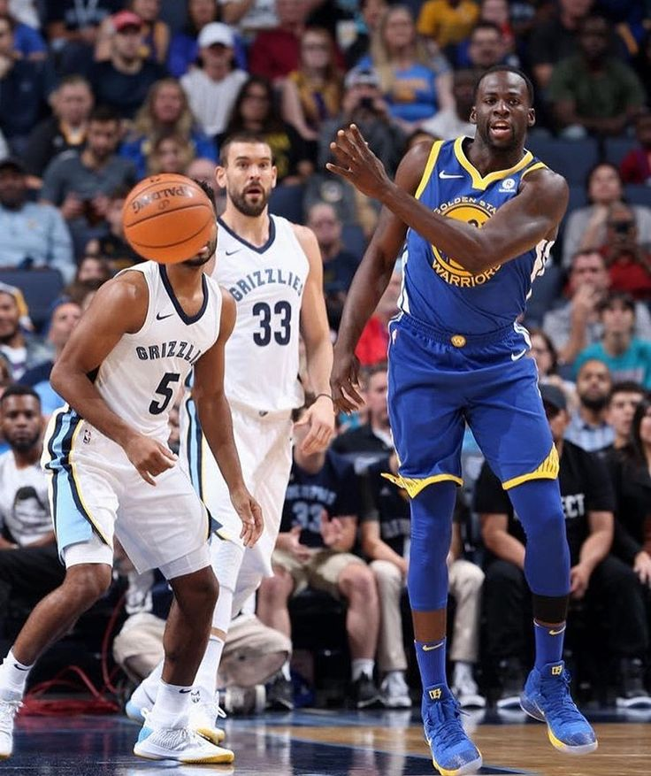 #DraymondGreen of the #GoldenStateWarriors during the game against the Memphis Grizzlies on October 21 2017 at FedExForum in Memphis Tennessee.