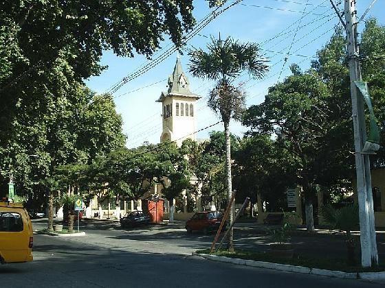 Avenida Santelices, principal arteria de la comuna.