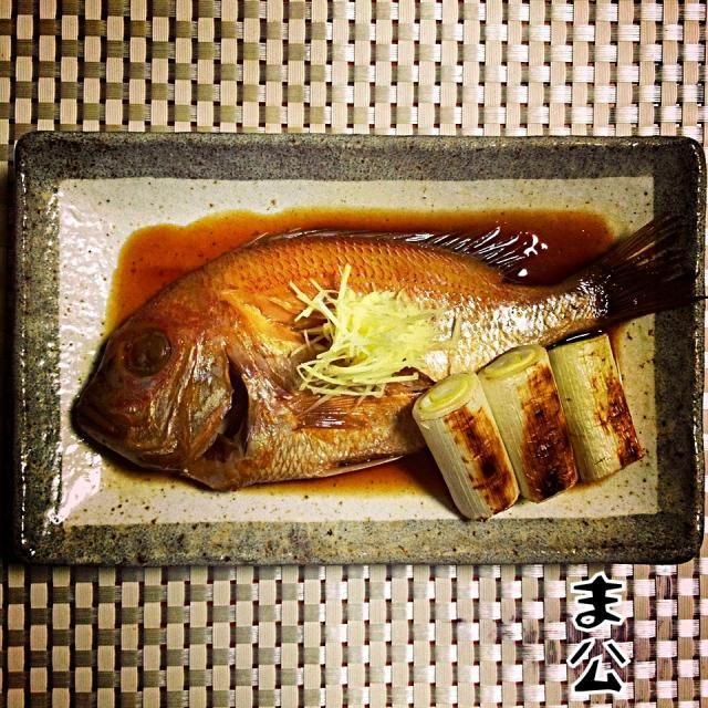 いわゆる小鯛です。 ちょいと前のお料理です。 - 115件のもぐもぐ - 山口県産 黄鯛煮付 Boiled yellowback sea bream with sake, soy sauce and mirin by makooo