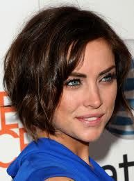haircuts for fine hair best 25 wavy angled bob ideas on medium wavy 9506 | 15af7ea4a6b1ab5d933132b79b9506cd short hairstyles for women hairstyle for women