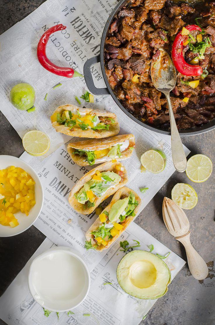 Chili con carne e finti tacos di patata americana per Taste