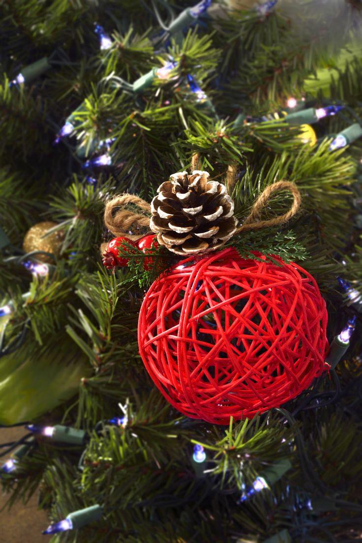 25 unique como hacer esferas navide as ideas on pinterest - Como se decora un arbol de navidad ...