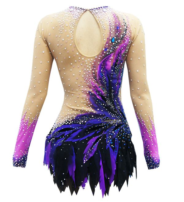 In our beautiful competition rhythmic gymnastics leotard Jaklin for girls you will feel confident and stay focused only on your performance!