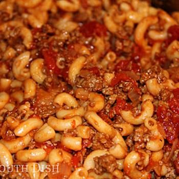 Basic Ground Beef American Goulash - Cooked on 9/2/2013 - It was pretty good. Got a little spicy kick to it. It makes a lot. I would make again.