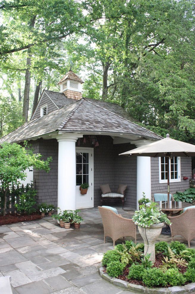 Cute guest house, probably won't ever have one but love this