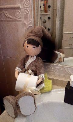 O Estaminé da Xé: Boneca porta rolo papel higienico