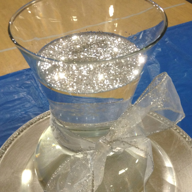 "Float glitter on top of water in a vase for a beautiful ""bling"" look!"