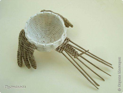 Мастер-класс Поделка изделие Плетение Сорока ворона Бумага Трубочки бумажные фото 9