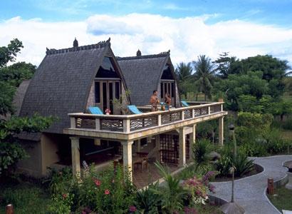 Traditional Lumbung Hut - Hotel Vila Ombak - Gili Trawangan - Lombok - West Nusa Tenggara