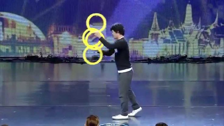 Incredible Contact Ring Juggling - Magic Rings Illusion at Thailand's Go...