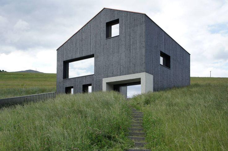 Das Anwesen stammt von den Architekten Hurst Song Architekten und wird liebevoll Holzkristall genannt. https://www.homify.de/ideenbuecher/41556/der-holzkristall
