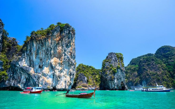 Read our insider's guide to Phuket, as recommended by Telegraph Travel. Find expert advice and great pictures of top hotels, restaurants, bars and things to do.