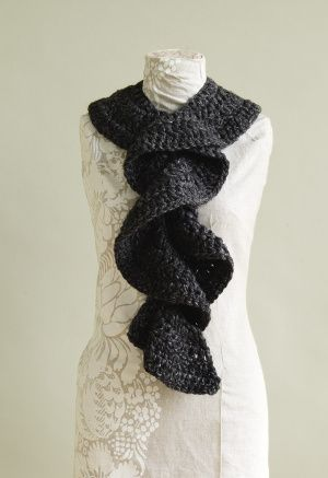 Quick n Easy to make, Flirty Ruffle Scarf: free pattern