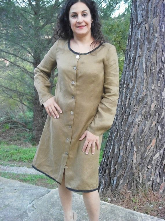The lady's shirt-dress BLUFI, a very elegant dress in linen fabric by domoras