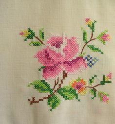 vintage tablecloth, no pattern