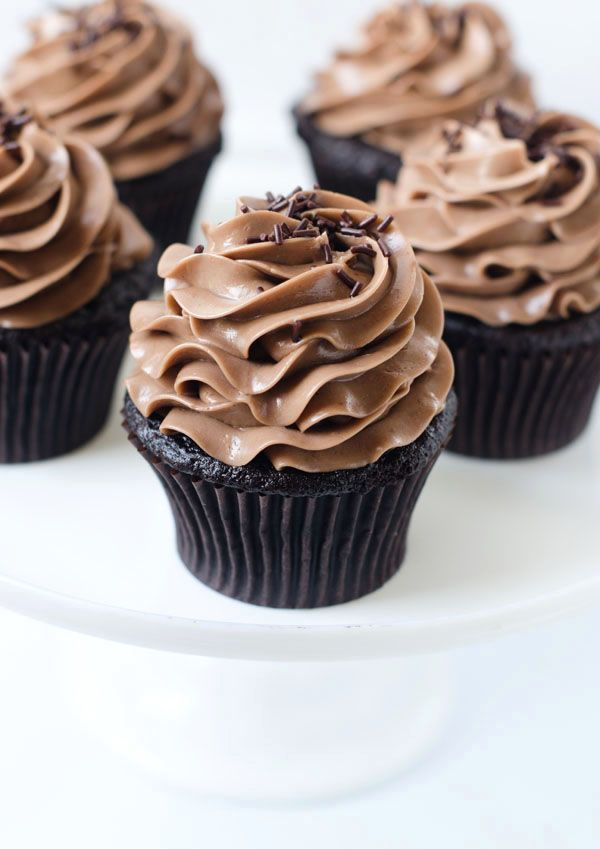 Beautiful One Bowl Chocolate Cupcakes recipe made with Valrhona Cocoa Powder by Cake Merchent!