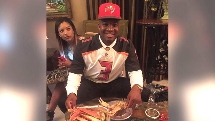 The Real Story Behind Jameis Winston's Crab Legs Pic on Draft Night Read more at http://www.eurweb.com/2015/05/the-real-story-behind-jameis-winstons-crab-legs-pic-on-draft-night/#JhwyCMhvkYaMtJYQ.99