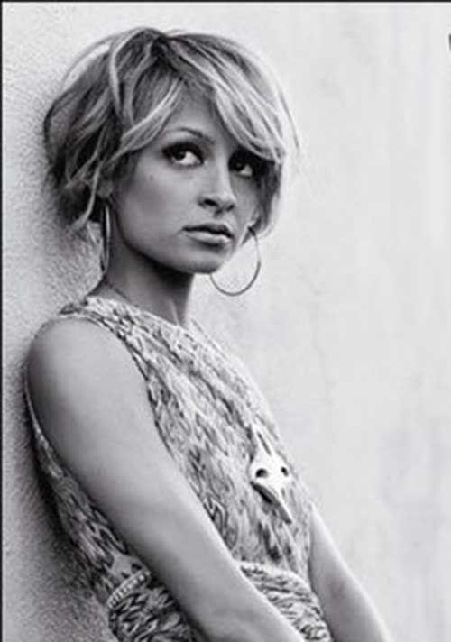 20 kurze stachelige Frisuren für Frauen