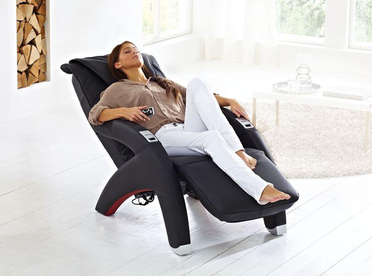 Senso został udoskonalony w najnowszą technikę masażu ugniatającego. Głowice masujące trafiają wprost tam gdzie tego oczekujesz. Intuicyjna obsługa i dodatkowe programy automatyczne pozwolą Ci całkowicie zapomnieć o trudach dnia codziennego i korzystać z dobroczynnych właściwości masażu. http://www.mega-meble.pl/fotele-z-masazem-/fotel-senso.html