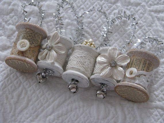 Christmas Spool Ornaments by WaysideTreasures on Etsy