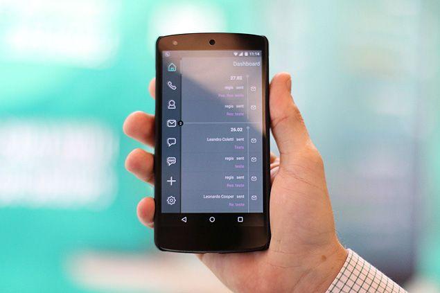 O celular GranitePhone; empresa responsável, a brasileira Sikur, diz que ele é à prova de espionagem
