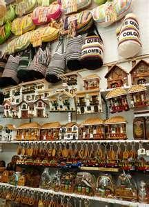 Mercado de artesanías en Monserrate- Bogotá.