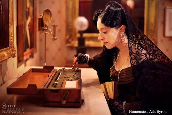 Hoy es el aniversario de la muerte de la gran científica Ada Byron (1815-1852), considerada la primera programadora informática de la historia. Desde aquí mi homenaje en forma de fotografía. #AdaLovelace #AdaByron