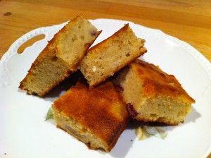 Appelmoescake  Wat te doen met een restje appelmoes? Een lekkere cake (ultimate comfortfood)