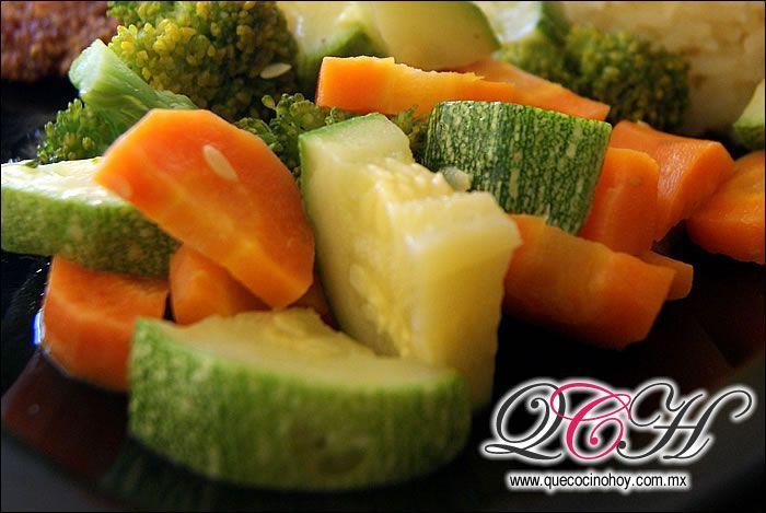 Unas verduras al vapor acompa adas de mantequilla for Buscar comidas caseras