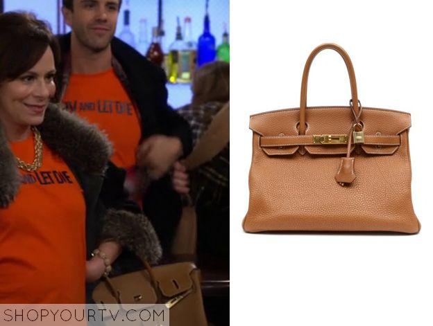 The McCarthys: Season 1 Episode 9 Aunt's Bag