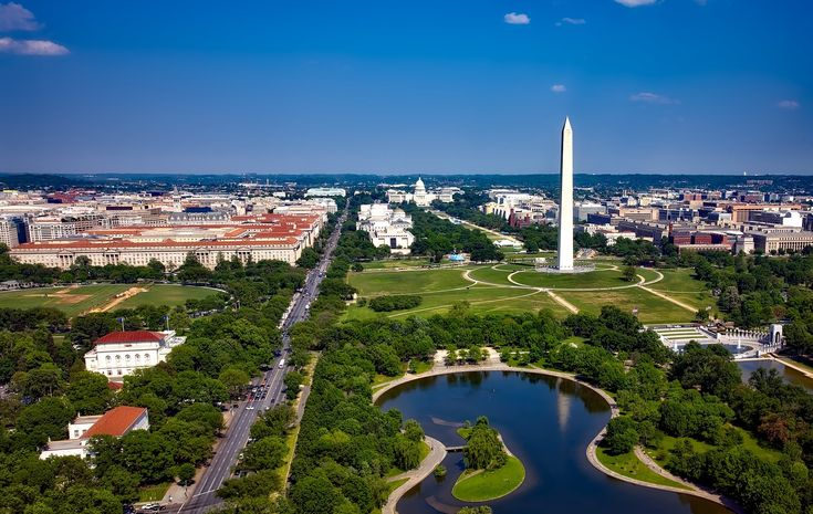 Many of our student travel itineraries include a visit to a city observation deck on the first day of a trip. Oue Skyspace in Los Angeles and the Central Place Observation Deck in the DC Beltway are two of the newest in the country.   #schoolwashingtondctrip #classtriptowashingtondc #studenttripstoWashingtondc