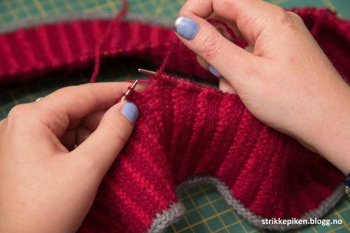 STRIKKEPIKEN HVORDAN TOVE?. Det er en kjent sak at jeg liker å strikke med mange ulike teknikker, spesielt om disse kan integ...