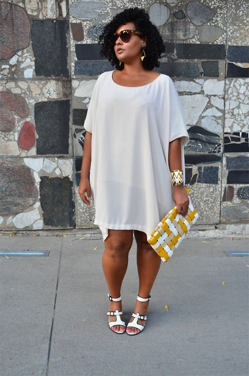 There's this myth that clothes that are free form become shapless, but this dress goes against that. It's great and styled to perfection.-TMC~~ Love this. curvy style | Tumblr