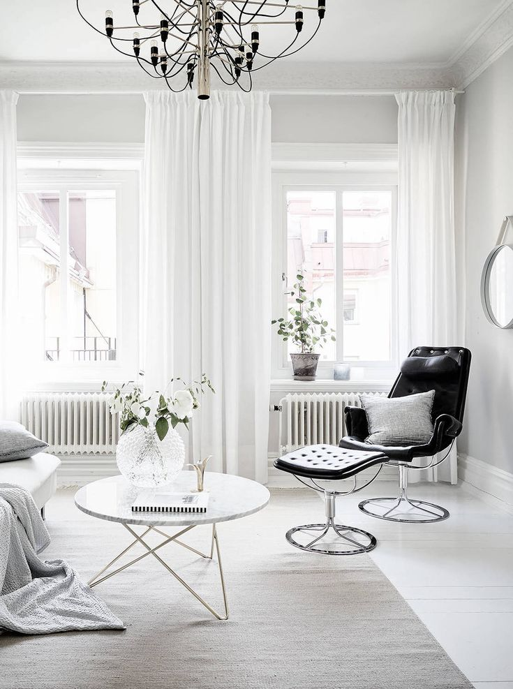 Home with a soft and graphic look