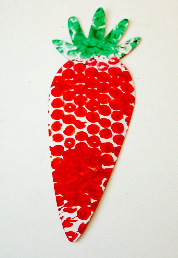 bubble wrap printed carrot craft for kids