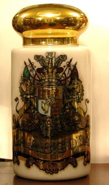 The Apothecary Shoppe | Collect Medical Anitques