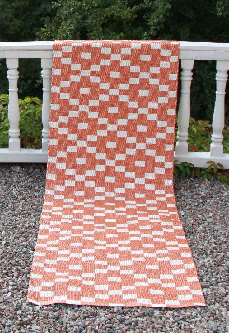 Kelim plastic rug orange by toodeloo