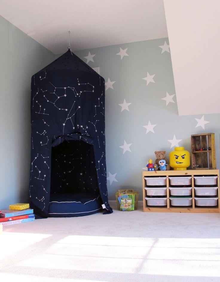 playroom makeover in Benjamin Moore Palladian Blue