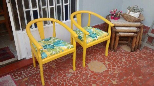 Nossa novas cadeiras restauradas....