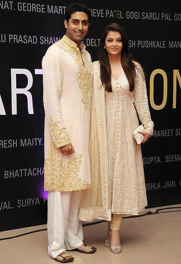 Aishwarya Rai in a beautiful Anarkali and Abhishek Bachchan in a kurta