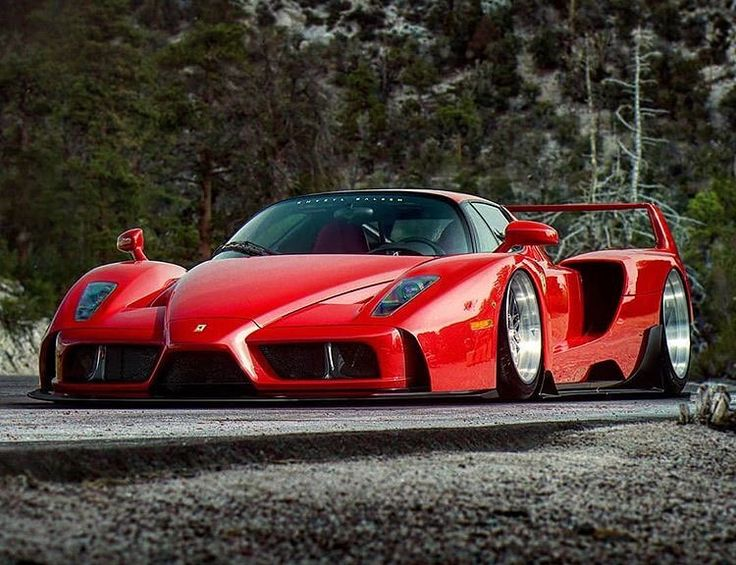 Custom Ferrari Enzo rendering..