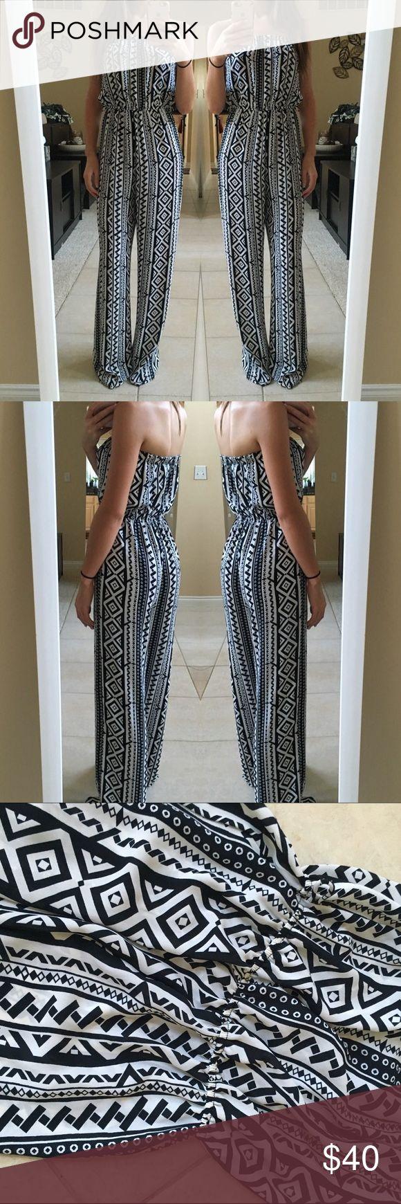 Black& white, Aztec jumpsuit! Black and white, Aztec print, tie belt, flows, long, so comfy! Dresses