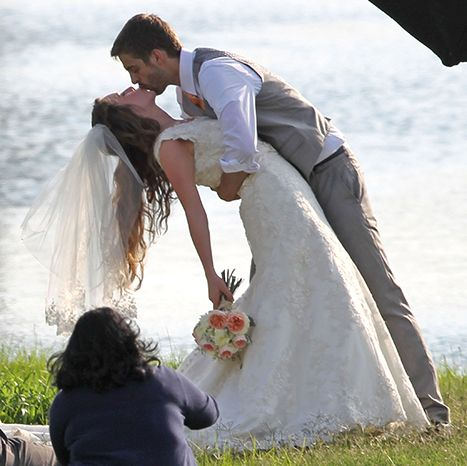You may now (finally) kiss the bride! 19 Kids and Counting star Jill Duggar decided to wait for marriage before locking lips with fiancé Derick Dillard.