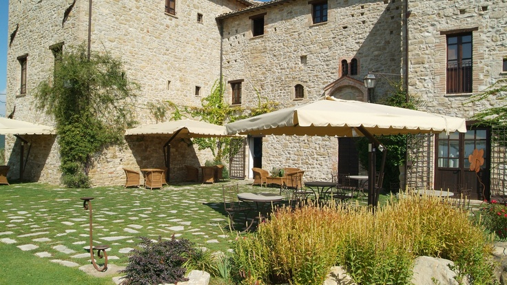 Castello di Petrata, Umbria