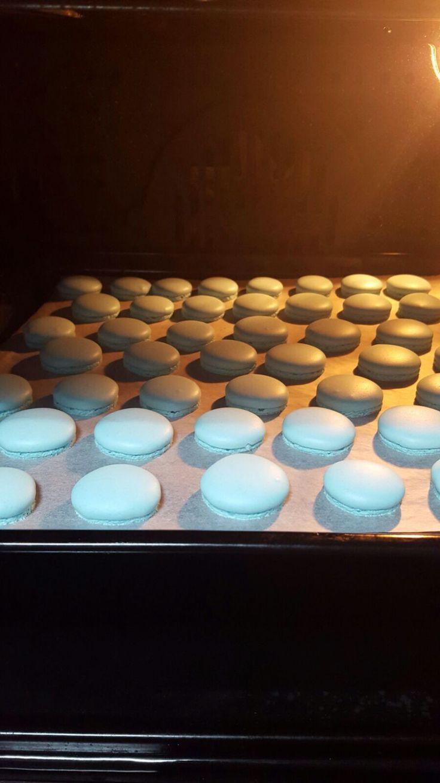 Macarons celestes
