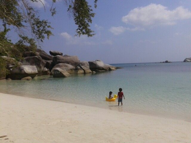 Pantai Tanjung Tinggi @ belitung Indonesia