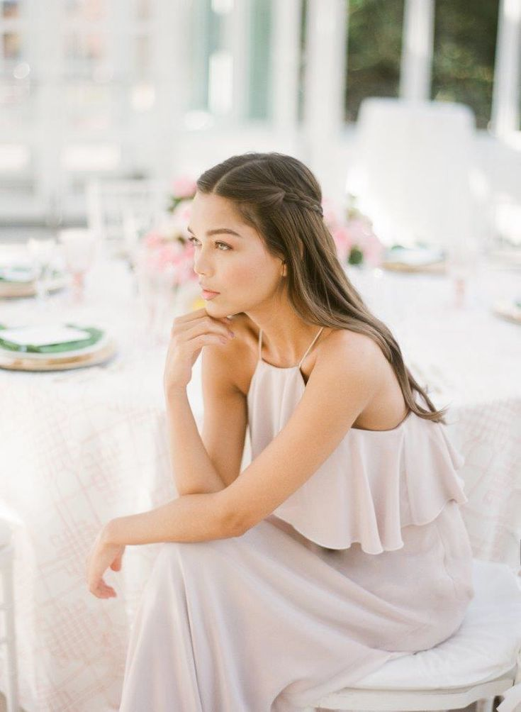 The New Neutral Trend That Takes Romance To An Entirely New Level. Photo by: You Look Lovely Photography. Venue: Brooklyn Botanic Garden. Events: Patina Events at Brooklyn Botanic Garden