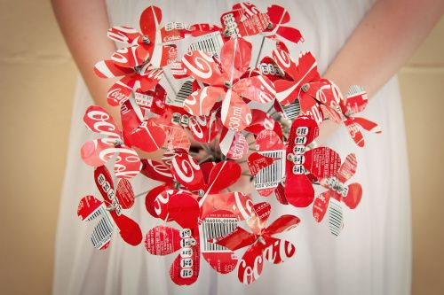 Coke a Cola Bouquet- this would be so cute a a rehearsal =)